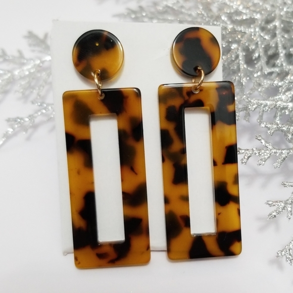 NEW 3/$20 Tortoise Shell Dangle Earrings
